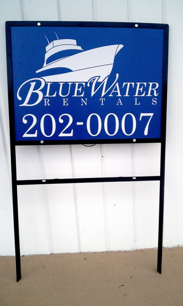 Boat Rentals Sign